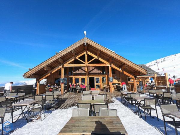 alp de zelie valloire restaurant altitude terrasse